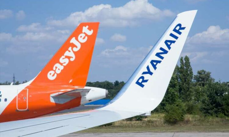 Comparing Europe's top 4 low-cost carriers: Ryanair ...